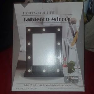 Hollywood Tabletop LED Mirror